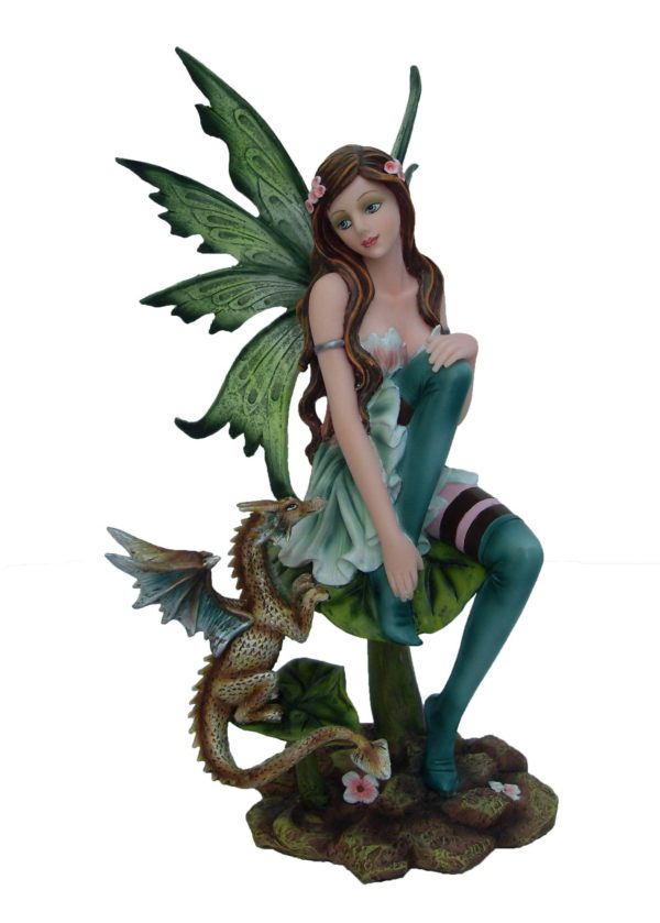 statuette fee, statuette dragon, figurine dragon, figurine fee, figurine ange, statuette ange, ange, fée, fee, dragon, licorne, statuette licorne, figurine licorne, figurine loup, figurine chouette, figurine tigre, statuette tigre, statue fee, statue dragon, tableau dragon, tableau fee, lampe fee, table fee, bijoux féériques , collier dragon, collier fee, collier licorne, bracelet licorne, decoration fee, decoration dragon, etagere dragon, bracelet dragon, poupée japonaise
