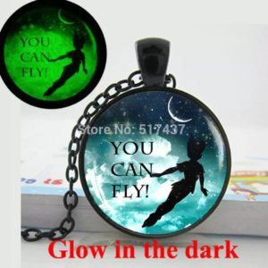 Collier Peter PAN, Collier FEE Clochette ®, Figurine Peter PAN, Collier Phosphorescent